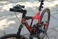 спортивный велосипед с уникальной рамой